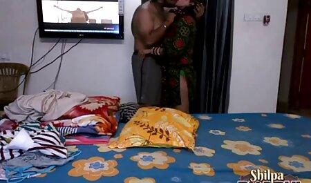 دوربین از یک دانش آموز چاق و عكس نيمه سكسي دوست جوان او, 2. بخش