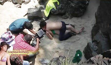 سکسی پرواز فیلم های نیمه سکسی fucks در یک مرد از یک نوار
